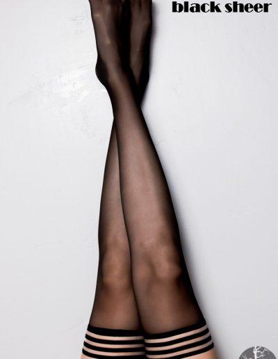 16-a-kixies-leg-taylor-blacksheer