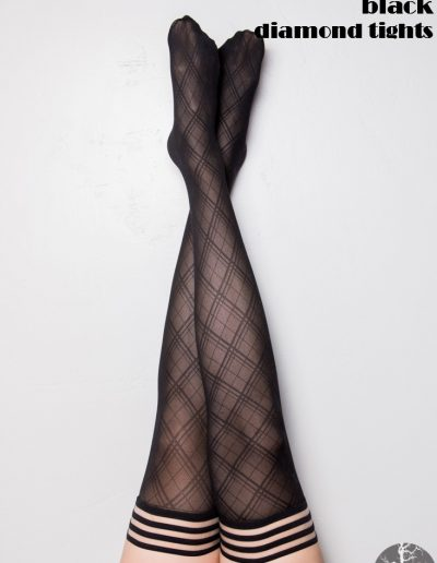 17-a-kixies-leg-tiffany-diamondtights