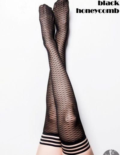 3-a-kixies-leg-bethann-blackhoneycomb